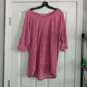 Pink acid washed ladies top, hi lo hem, boatneck